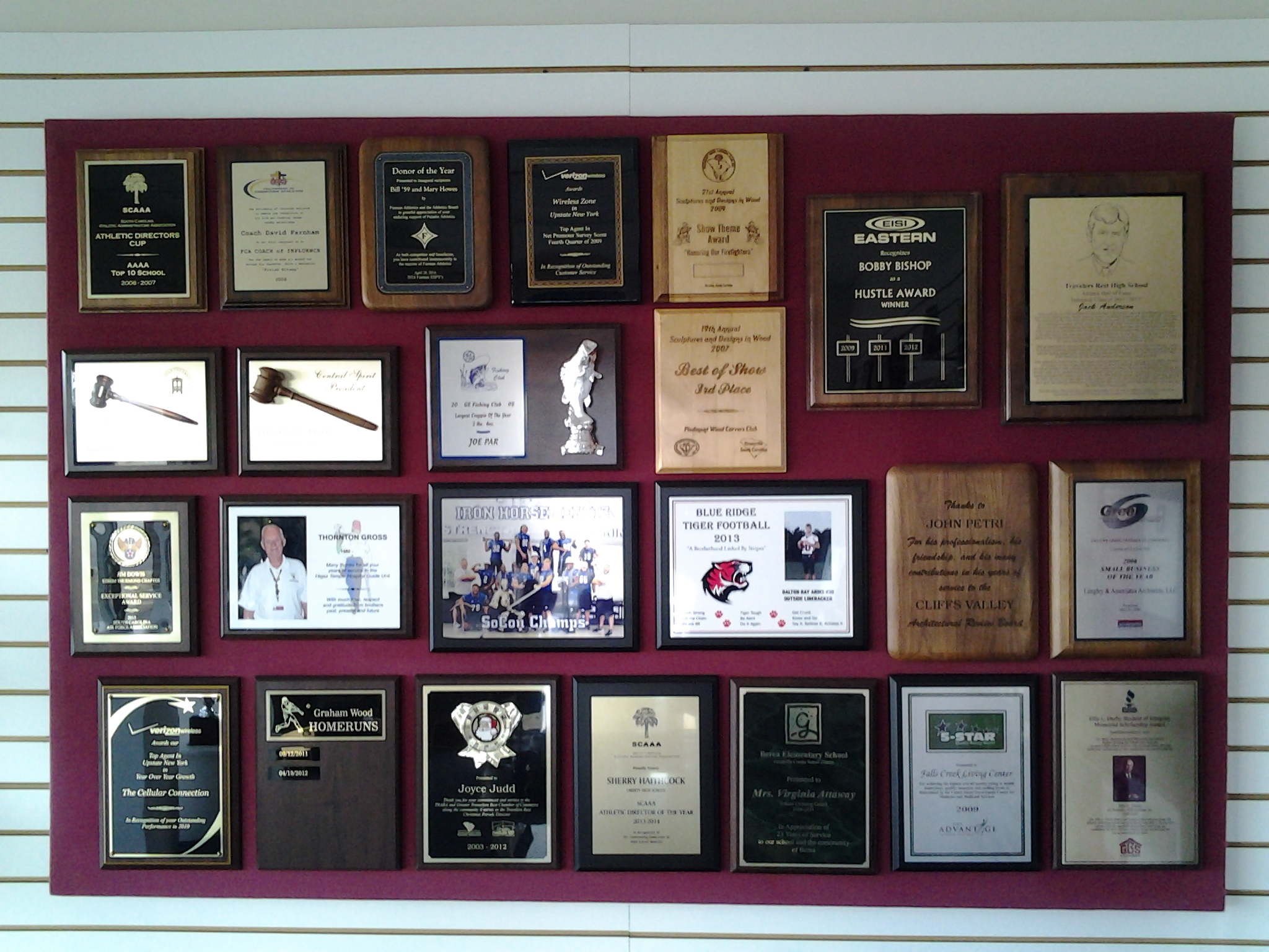 Plaque Wall